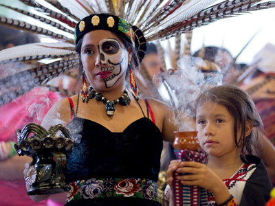 Thousands of people in the Bay Area will soon celebrate Day of the Dead, an ancient celebration that continues to evolve and grow in popularity among Hispanics and non-Hispanics.  Photo: Jason Lew.
